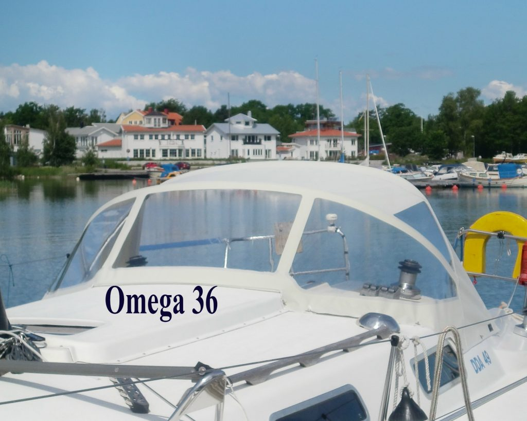 Omega 36 Sprayhood CB Marine