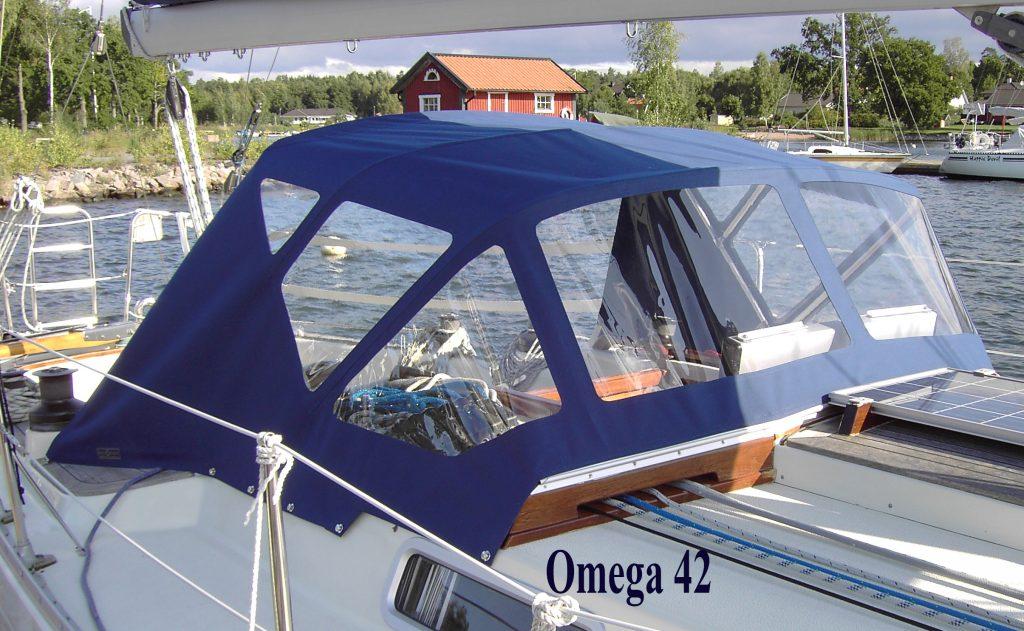 Omega 42 Sprayhood CB Marine